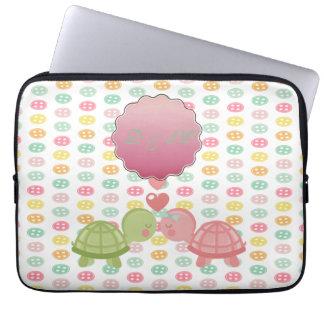 Protection Pour Ordinateur Portable Tortues adorables dans l'amour sur les boutons