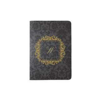 Protège-passeport Monogramme carré complexe sur la damassé noire