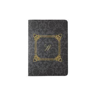 Protège-passeport Monogramme carré moderne sur la damassé noire