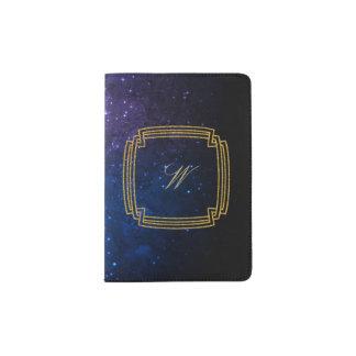 Protège-passeport Monogramme carré simple sur la galaxie bleue