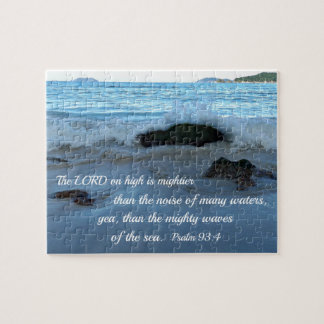 Puzzle 93:4 de psaume le seigneur sur la haute est plus