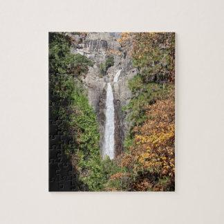 Puzzle Abaissez Yosemite Falls en novembre