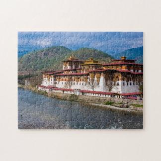 Puzzle Bâtiment de Dzong par la rivière