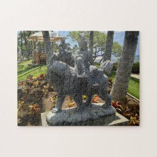 Puzzle Bouddha montant une statue de lion, Waikoloa,