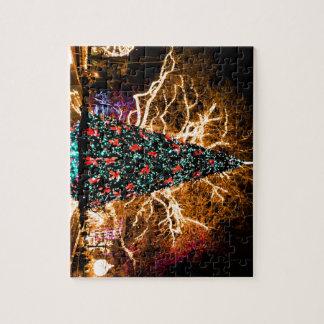 Puzzle célébration d'arbre et de lumière de Noël