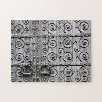 Puzzle de portes d'église