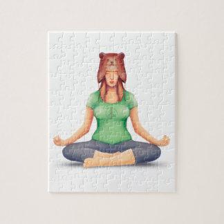 Puzzle Fille de yoga avec un casquette d'ours