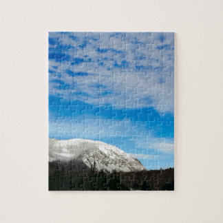 Puzzle Grand ciel bleu de montagnes blanches