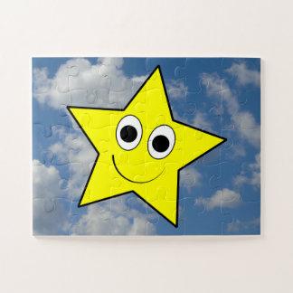 Puzzle Heureux, souriant, caractère jaune d'étoile + Ciel