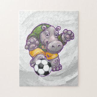 Puzzle Hippopotame jouant au football