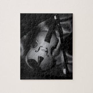 Puzzle image de b&W de l'Encore-vie d'un violon