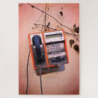 Puzzle La vieille de cabine téléphonique toujours vie