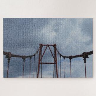 Puzzle Le pont et le ciel bleu