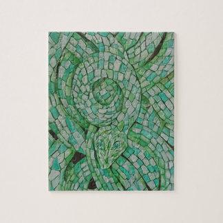 """Puzzle Le serpent vert 8"""" x 10"""" concepteur déconcerte"""