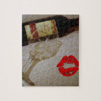 Puzzle Les verres romantiques de vin rouge de baiser I