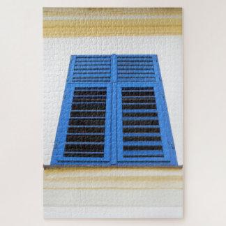 Puzzle Les volets en bois de bleu