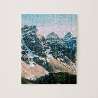 Puzzle Montagnes de lac moraine dans Alberta, Canada