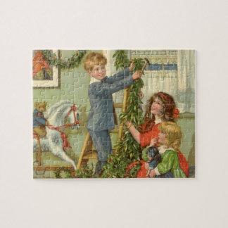 Puzzle Noël vintage, enfants victoriens décorant