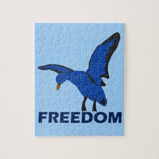 Puzzle oiseau dans la liberté