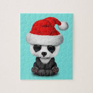 Puzzle Ours panda de bébé utilisant un casquette de Père