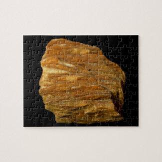 Puzzle Photo minérale de barytine crêtée sur le noir