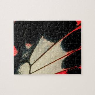 Puzzle Plan rapproché rouge et noir de papillon