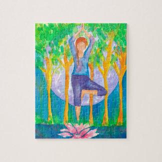 Puzzle Pose de yoga de femme de pleine lune