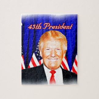 Puzzle quarante-cinquième _D'atout de Président-Donald
