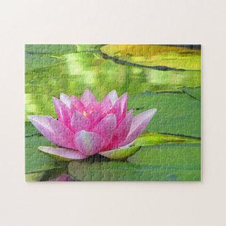 Puzzle rose de fleur de Lotus de nénuphar