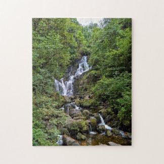 Puzzle Torc-Wasserfall dans les Kerry, Irlande (anneau of