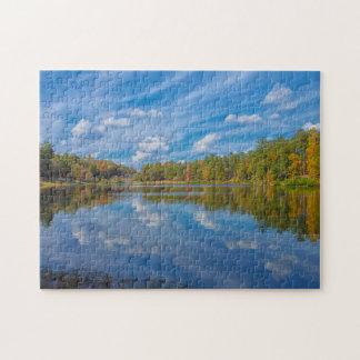 Puzzle Une réflexion ensoleillée d'automne