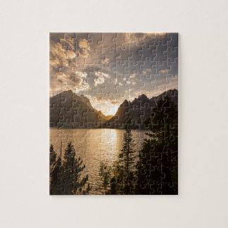 Puzzle Vue d'or de lac jenny