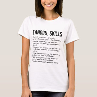 Qualifications drôles de Fangirl T-shirt
