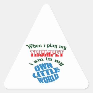 Quand je joue ma trompette sticker triangulaire