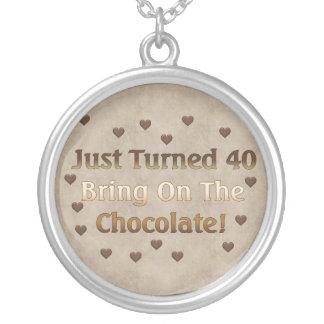 quarantième L'anniversaire signifie le chocolat Pendentif Rond