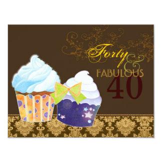 Quarantième petits gâteaux fabuleux de fête carton d'invitation 10,79 cm x 13,97 cm