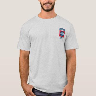 quatre-vingt-deuxième T-shirt de Division