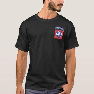 quatre-vingt-deuxième T-shirts de Division