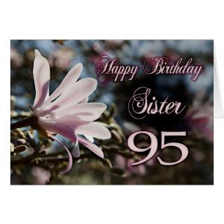 Quatre-vingt-quinzième anniversaire de soeur avec cartes