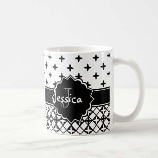 Quatrefoil blanc noir décoré d'un monogramme mug