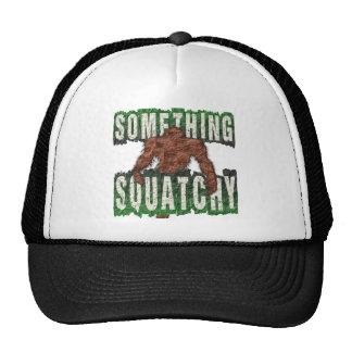 Quelque chose Squatchy Casquettes