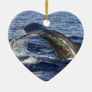 Queue de baleine ornement cœur en céramique