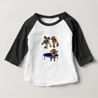 qui a laissé les carlins t-shirt pour bébé