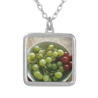 raisins collier