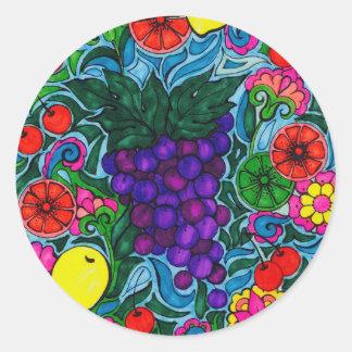 Raisins et autocollant lumineux de fruit