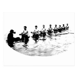 Rameur de descente d'équipage de 8 hommes carte postale