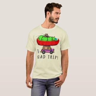 Randonnée de canoë-kayak de camping de voyage par t-shirt