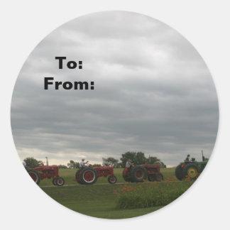 Rangée d'étiquette de cadeau de Noël de tracteurs Sticker Rond