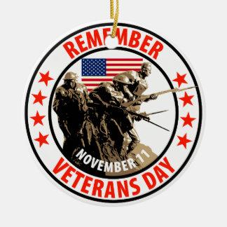 Rappelez-vous le jour de vétérans ornement rond en céramique