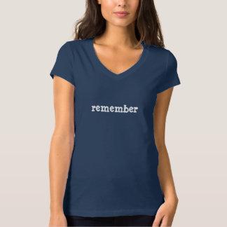 RAPPELEZ-VOUS le T-shirt inspiré de vêtement